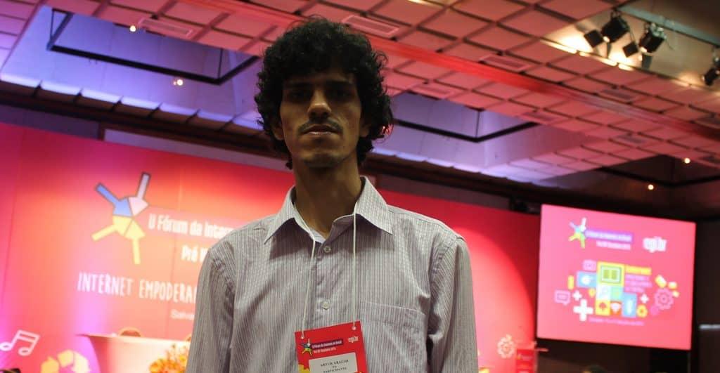 Artur no Fórum da Internet no Brasil